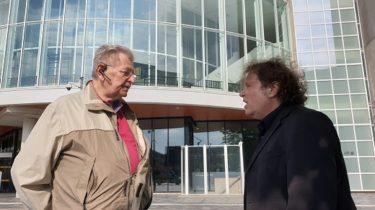 Podcast | de Heren van Almere | Laten raadsleden zich door media beïnvloeden