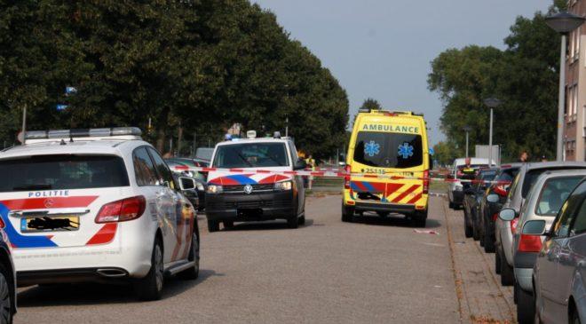 Persoon ( Man ) gewond bij steekincident in Bloemenbuurt