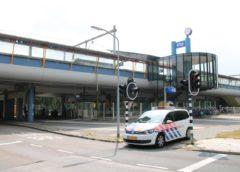 Zoekactie naar verdachte nabij station Parkwijk in Almere